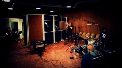 """Goodbye Sorrow"" (in the studio)"